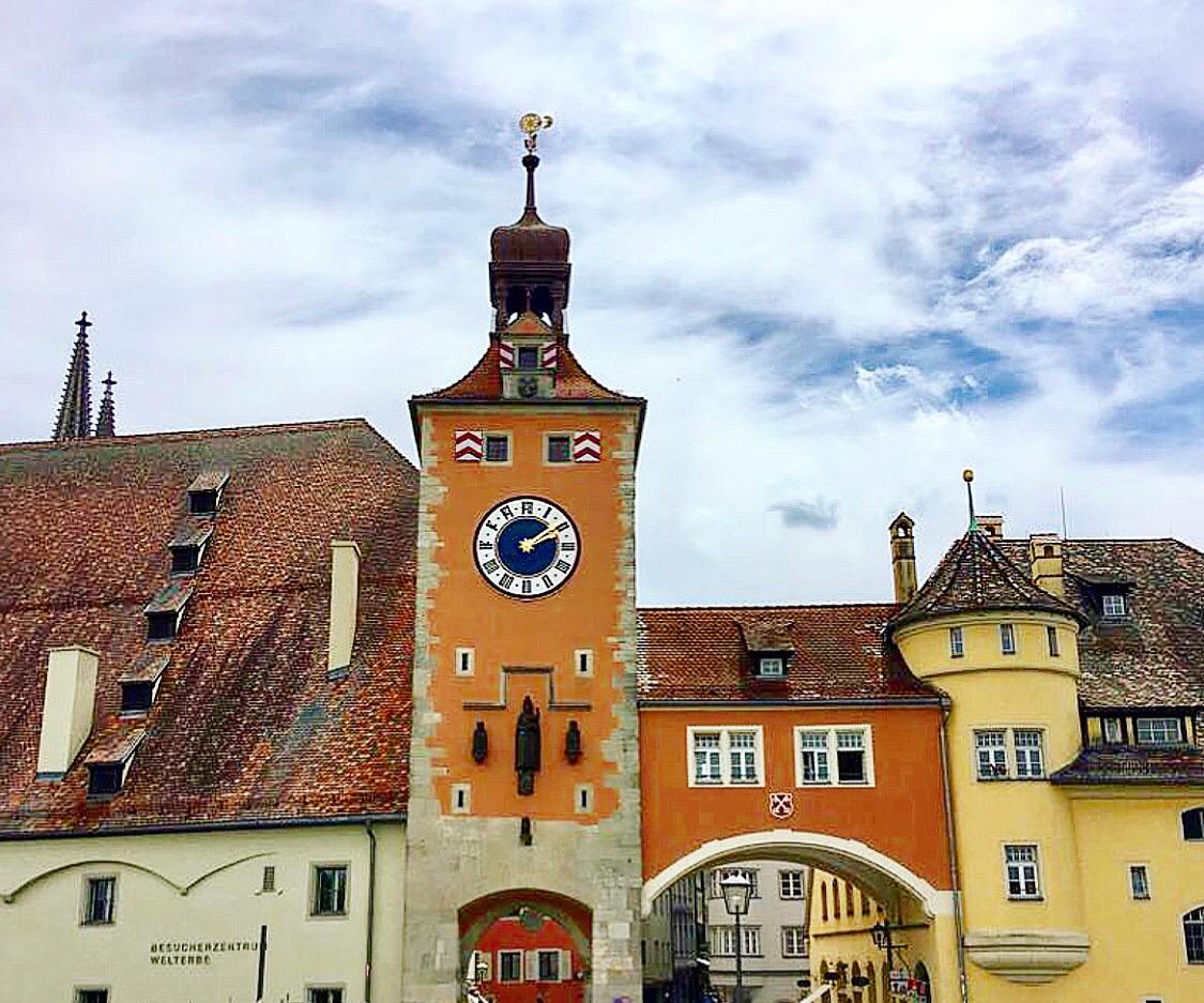 Regensburg germany s medieval miracle la vida bonita for Couch regensburg