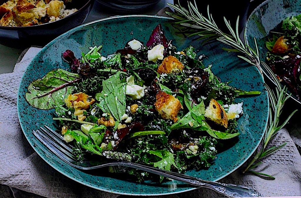 Holiday Salad (with kale, cranberries and feta cheese)