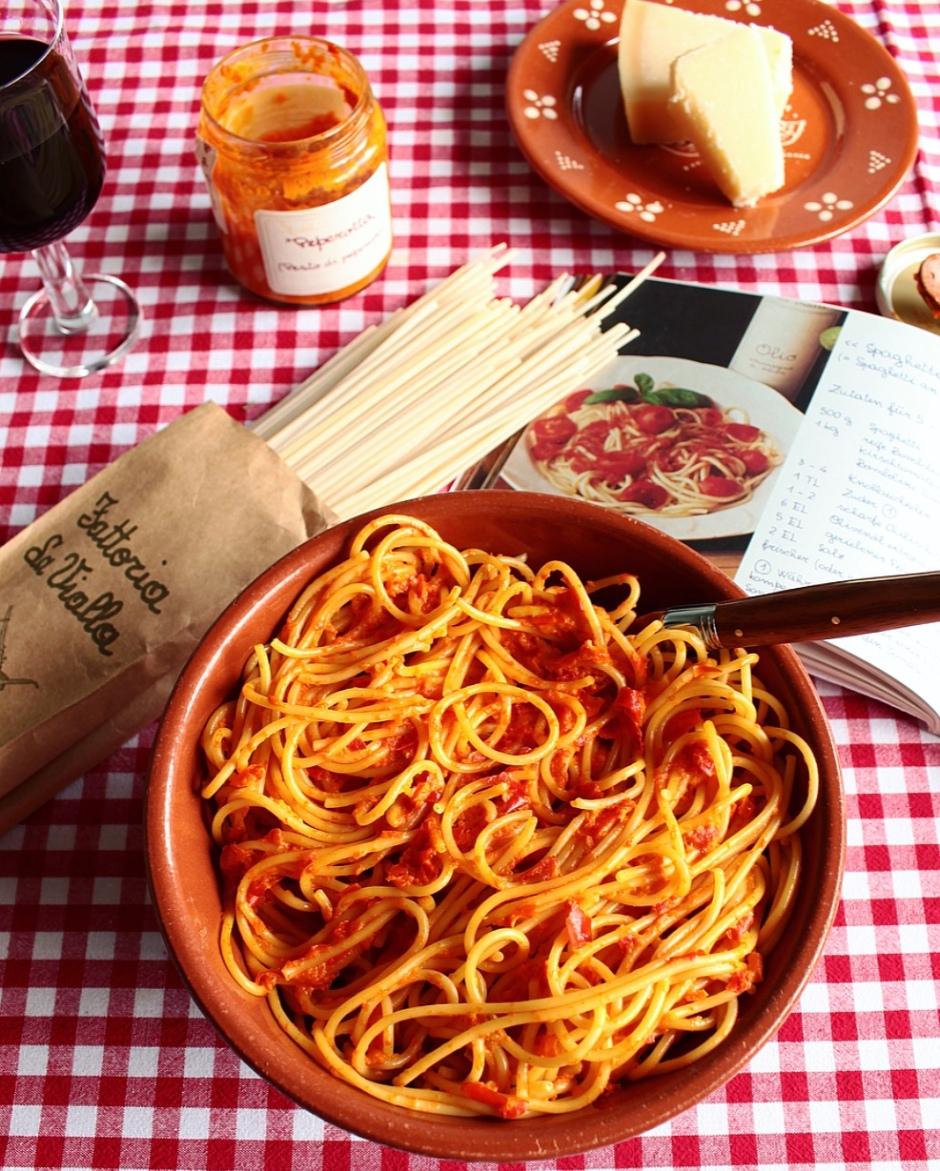 "Pasta with ""Pesto di Peperoni"""