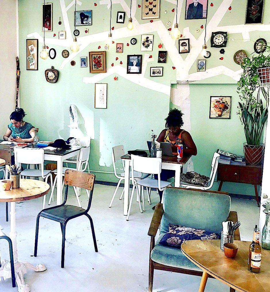 """Annabatterie Café at """"Gartenfeldplatz"""
